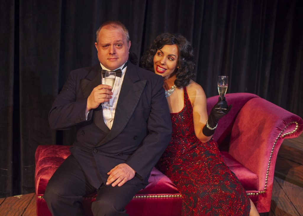 """""""Present Laughter"""" at Pear Theatre"""